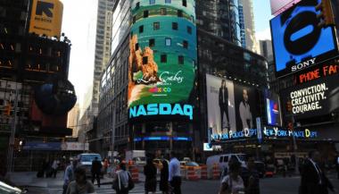 Lighthouse LED installation al Time Square, NY